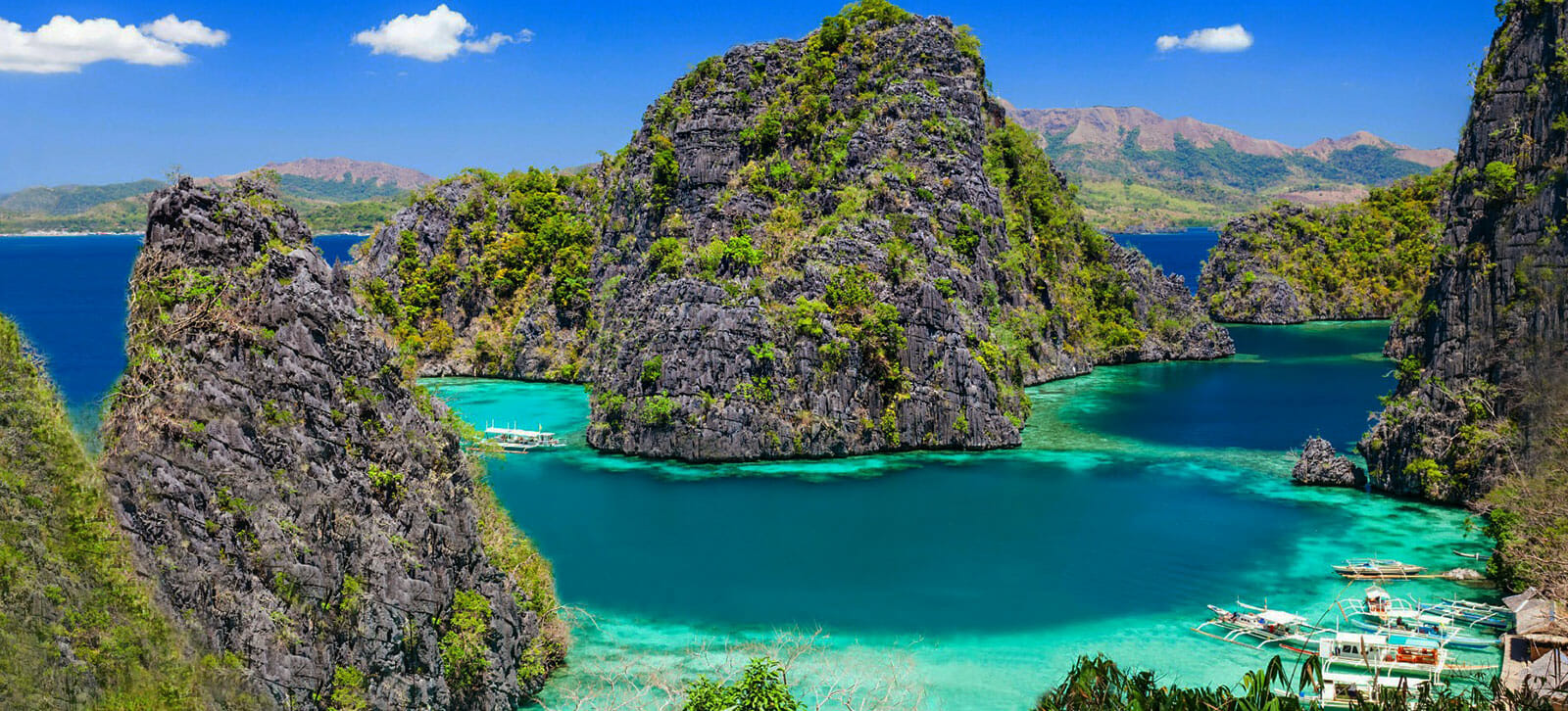 philippines liveaboard sailing trips